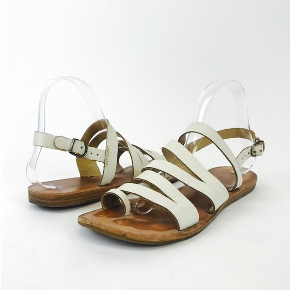 5bfe57f1732 Lucky Brand Fairfaxx White Strappy One Toe Sandals.  M 5ab466602ab8c554be6780ef